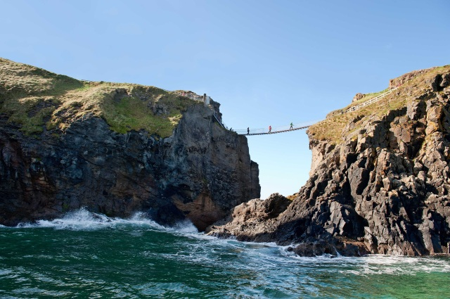 PIC 1 - CARRICK-A REDE BRIDGE